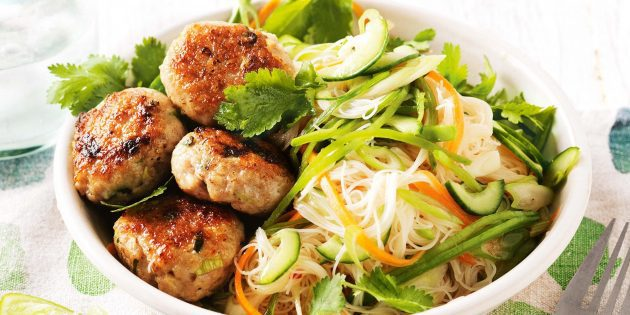 chicken-patties-with-noodle-salad-110641-1_1549120354-e1549120500254-630x315-3864688